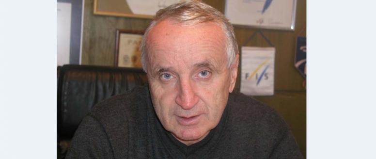 Zemřel Petr Honzl
